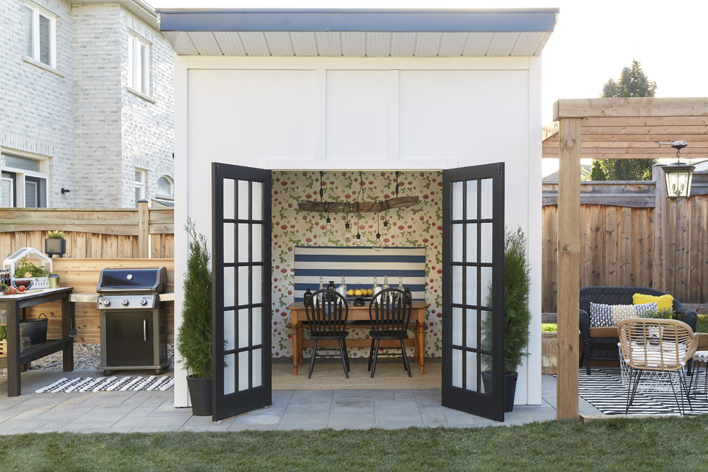 Gather Inspiration to Create a Pretty House and Yard